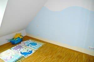 Kinderzimmer Dekoration: Wände streichen