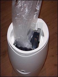 Angelcare Müllbeutel einlegen