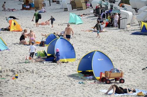Strandmuscheln Jako-o Kinderzelt an der Ostsee