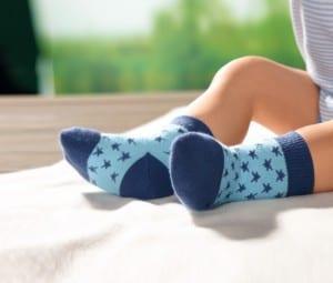 3-Paar-Socken-Blau-Gruen-und-Weiss