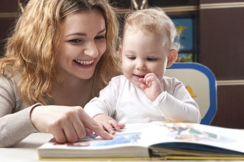 Adventszeit ist Vorlesezeit - Tipps für schöne Weihnachtsbücher für die Kleinsten