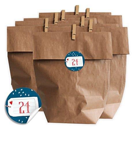 Adventskalender SET zum Selbermachen, mit 24 Tüten, Miniklammern und Adventskalenderzahlen Aufklebern zum Befüllen für Kinder & Erwachsene, Sticker, MATTE Papieraufkleber Blau Sterne